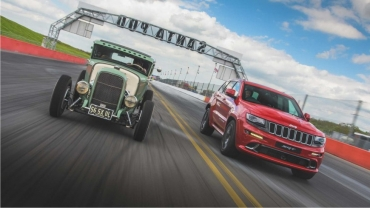 Jeep Grand Cherokee SRT Vs. HEMI Hot Rod. Duel inegal?