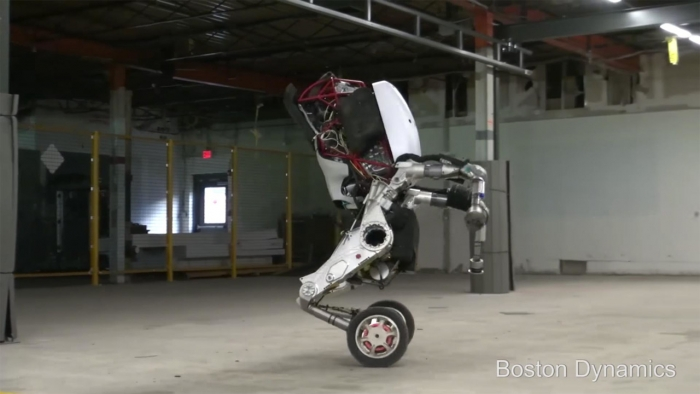Ultimul robot de la Boston Dynamics i-ar umple de invidie pe mulți roleri