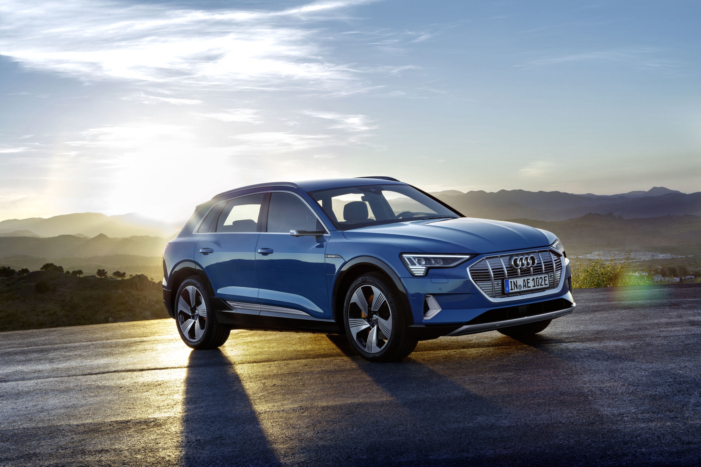 Audi e-tron este primul model 100% electric al constructorului german