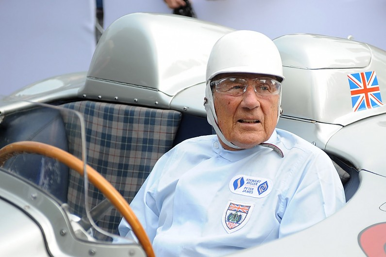 Sir Stirling Moss a murit
